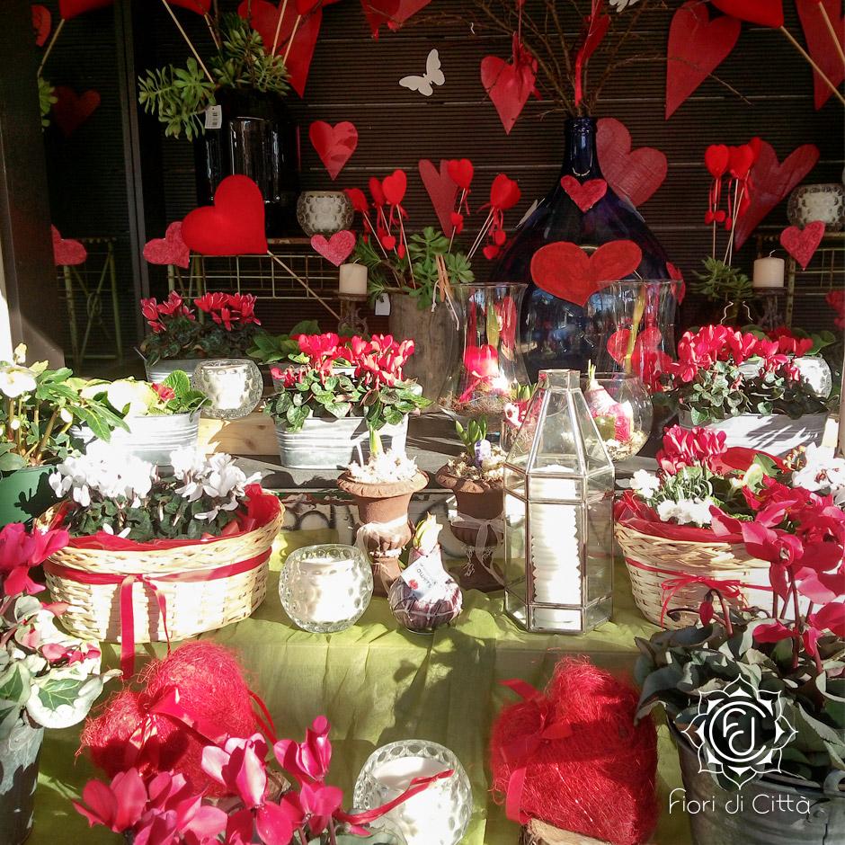 Sorprese San Valentino Per Lei il regalo giusto per san valentino? i fiori - il blog di